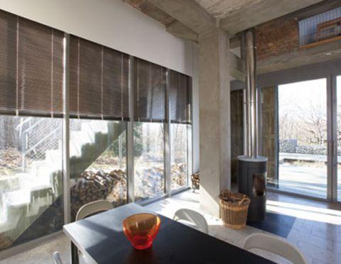 tapis rideaux m bilis mobilier contemporain meubles design. Black Bedroom Furniture Sets. Home Design Ideas